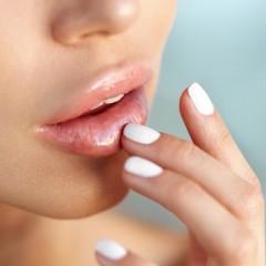Нужен ли вам скраб для губ?